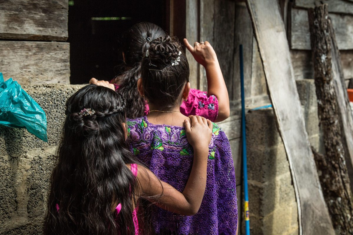 La historia de dos de las 23 niñas guatemaltecas que buscan justicia luego de ser abusadas por maestros en Alta Verapaz