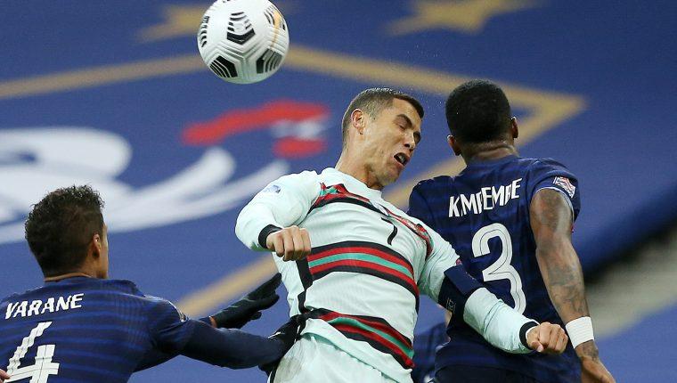 Portugal y Francia no pasaron del empate en su encuentro correspondiente a la Liga de Naciones. (Foto Prensa Libre: EFE)