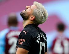 Sergio Agüero apenas había regresado a la cancha tras una lesión que lo alejó varios meses y ahora volvió a lesionarse. (Foto Prensa Libre: EFE)