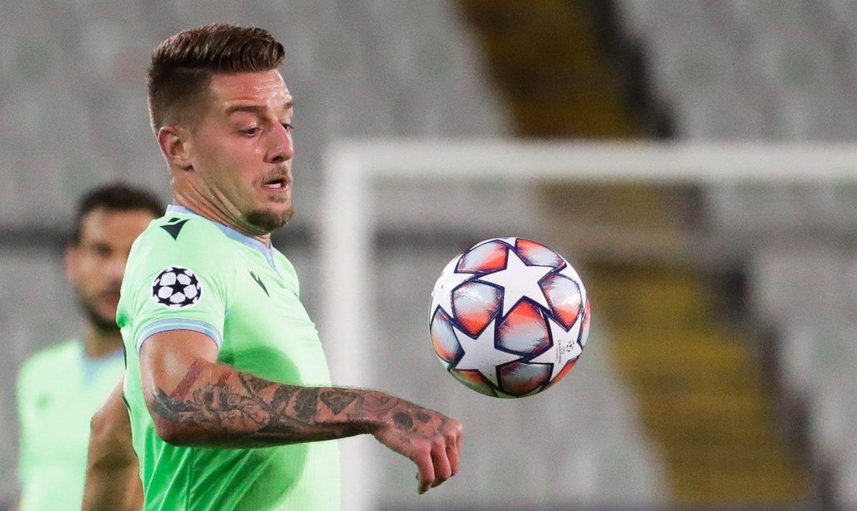 La Lazio pone en cuarentena a todos sus jugadores tras casos positivos a covid-19