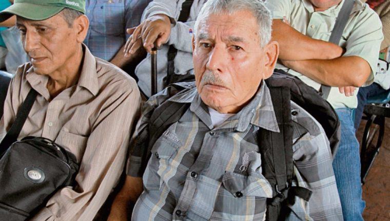 Programa del Adulto Mayor dejará de ejecutar este año unos Q100 millones señala diputado