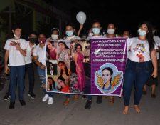 Vecinos de Teculután, Zacapa, exigen el cese de la violencia contra las mujeres. (Foto Prensa Libre: Wilder López)