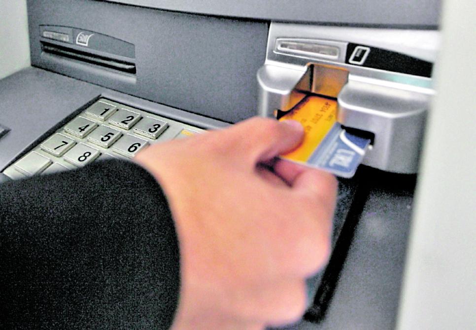 Los bancos han puesto a disposición los fondos de crédito. Foto: Hemeroteca PL