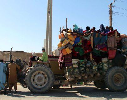 Estados Unidos responde con bombardeos a violencia de talibanes en el sur de Afganistán