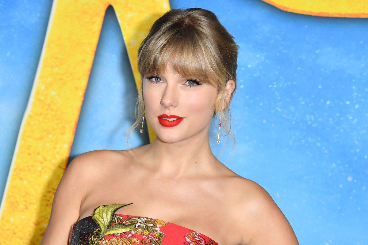 Taylor Swift lanza su segundo álbum sorpresa en cuarentena