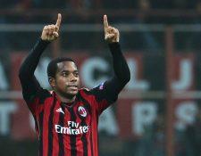 El caso por el que condenaron a Robinho ocurrió en Italia cuando jugaba con el Milán. Foto Prensa Libre: AFP.