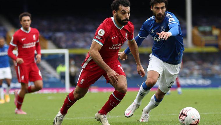 Salah llegó a los cien goles con el Liverpool en el juego ante el Everton. (Foto Prensa Libre: AFP)