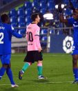 Un gol de penal al minuto 55 marcado por Jaime Mata bastó para que el Getafe derrotara al Barcelona en el torneo local. (Foto Prensa Libre: AFP)