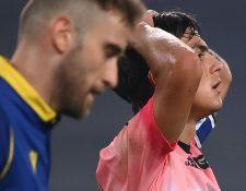 El argentino Paulo Dybala se lamenta durante el empate de la Juventus ante el Verona. (Foto Prensa Libre: AFP)