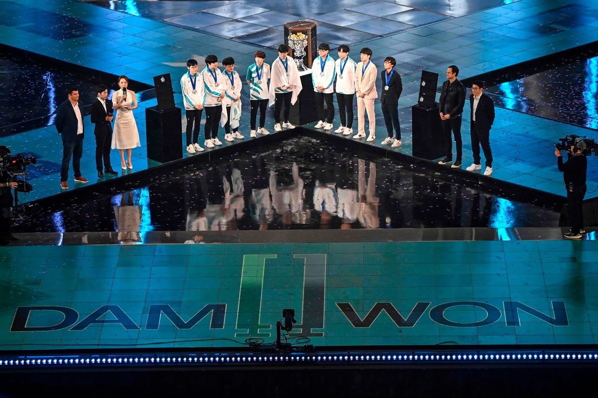 Equipo surcoreano gana Mundial del 'League of Legends'