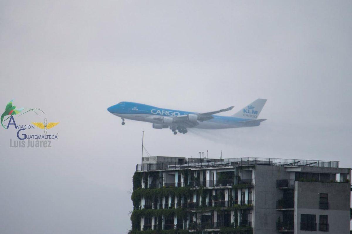 Video: un Boeing 747 aborta aterrizaje en el Aeropuerto La Aurora y estas fueron las causas