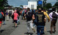 El 1 de octubre 2020 una caravana de migrantes hondureños ingresó a Guatemala con la intención de llegar a Estados Unidos. (Foto Prensa Libre: Hemeroteca PL)