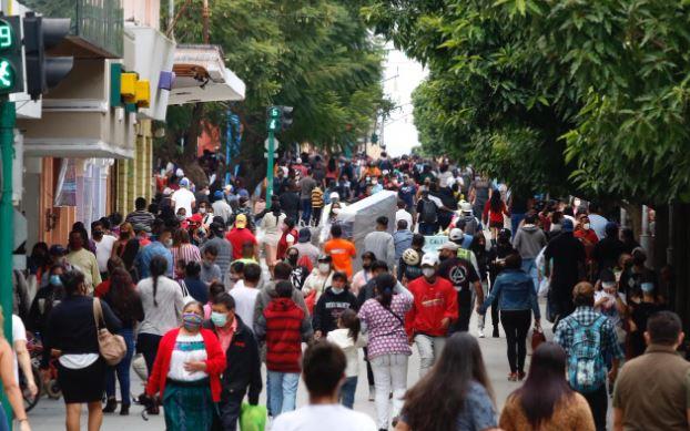 Guatemala retomó sus actividades en medio de la pandemia del coronavirus. (Foto Prensa Libre: Fernando Cabrera)