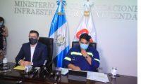 Autoridades del Ministerio de Comunicaciones informan acerca del destinos de Q135 millones en esa cartera. (Foto Prensa Libre: Juan Diego González)