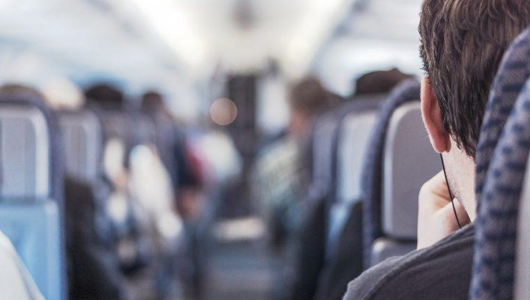 Cómo viajar seguro en avión