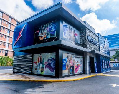 La nueva ubicación de Electrónica Panamericana tiene productos Primium ideales para el hogar. Foto Prensa Libre: Cortesía