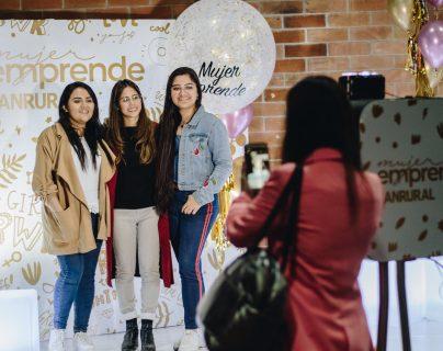 Emprendedoras guatemaltecas asistieron a la celebración del 2019 organizada por el colectivo MEG (Mujeres Emprendiendo Guatemala). (Foto Prensa Libre: Cortesía MEG)