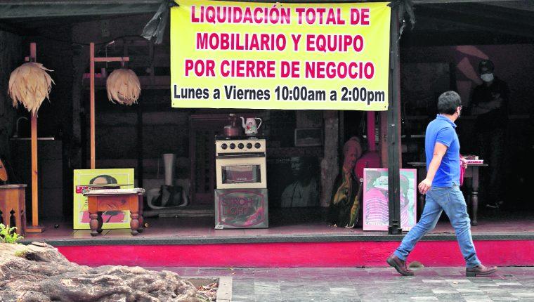 Cierre de negocios durante la pandemia aumento la cifra de desempleo en el país. Foto: Hemeroteca PL