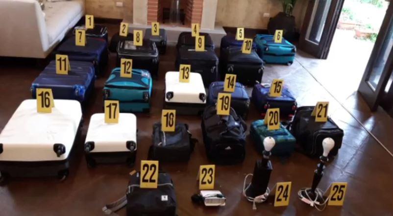 Feci solicita extinción de dominio de los Q122 millones que estaban ocultos en maletas en Antigua Guatemala