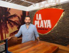 Luis Pedro Peralta tiene dos décadas en el manejo de restaurantes. Foto Prensa Libre: Norvin Mendoza