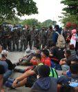 Hondureños fueron detenidos por fuerzas guatemaltecas y retornados a su país. (Foto Prensa Libre: Hemeroteca PL)
