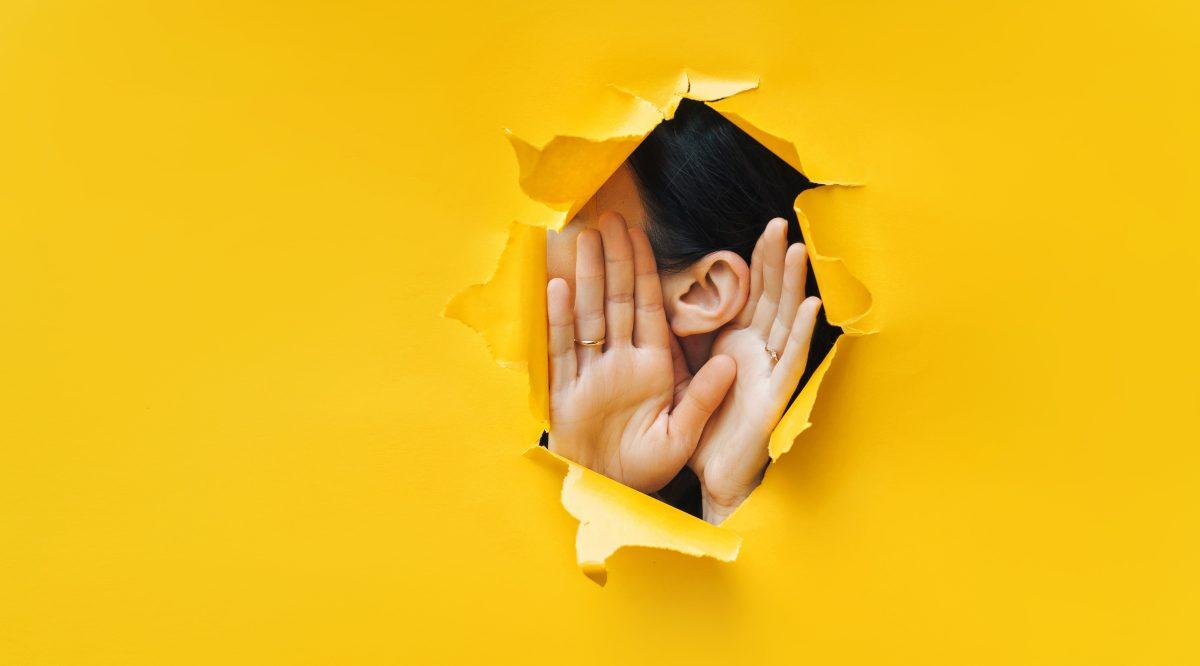 Qué es la escucha activa y cómo puede improvisarse