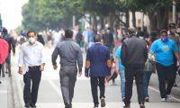 El semáforo de alertas establece el nivel de reapertura por municipio según la incidencia de casos de coronavirus. (Foto Prensa Libre: Hemeroteca PL)