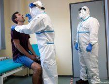 Pruebas rápidas pueden transformar la respuesta a la pandemia. (picture-alliance/dpa/M. Becker)