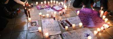 Manifestación en demanda de justicia por Dulce María Cifuentes Cruz, así como por niños y adolescentes desaparecidos. (Foto Hemeroteca PL)