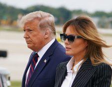 El presidente de Estados Unidos, Donald Trump, y su esposa Melania dieron positivo a la prueba de coronavirus. (Foto Prensa Libre: AFP)