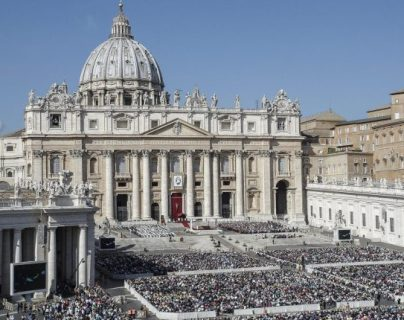 El Vaticano prohibió al difunto cardenal a usar insignias. (Foto Prensa Libre: Hemeroteca PL)