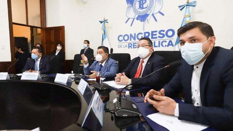 La Junta Directiva del Congreso informó a los Jefes de Bloque que la sesión adicional para esta semana será para impulsar proyectos a favor de la economía. Fotografía: Congreso.