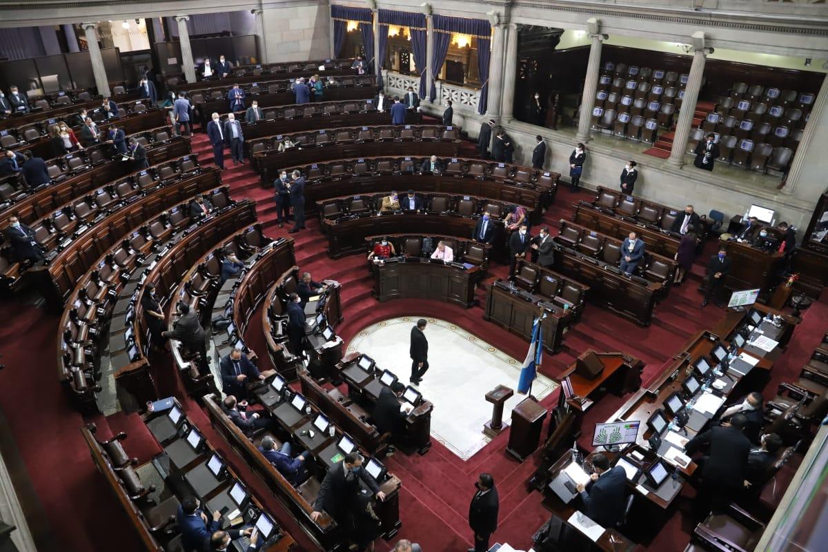 Oposición hace alianzas para hacerse con la Junta Directiva del Congreso