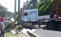 Los accidentes de transporte pesado han dejado personas fallecidas y heridas. (Foto Prensa Libre: Hemeroteca PL)