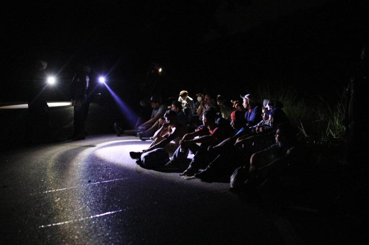 Agentes de Estados Unidos detuvieron a migrantes hondureños en Guatemala, según informe oficial