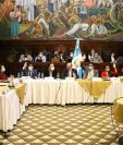 Reunión de la Comisión de Migrantes del Congreso que en esta elección de autoridades de Conamigua transmitió todas sus reuniones en las redes sociales. (Foto: Congreso)