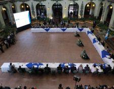 El presidente Alejandro Giammattei afirmó que Guatemala atraerá inversiones anclas en varios sectores productivos, durante la reunión de Conapex. (Foto Prensa Libre: Presidencia)