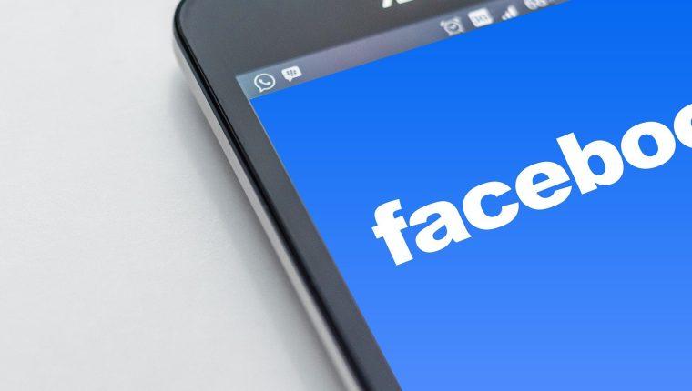 Facebook incorpora más idiomas a su traductor. (Foto Prensa Libre: Pixabay)