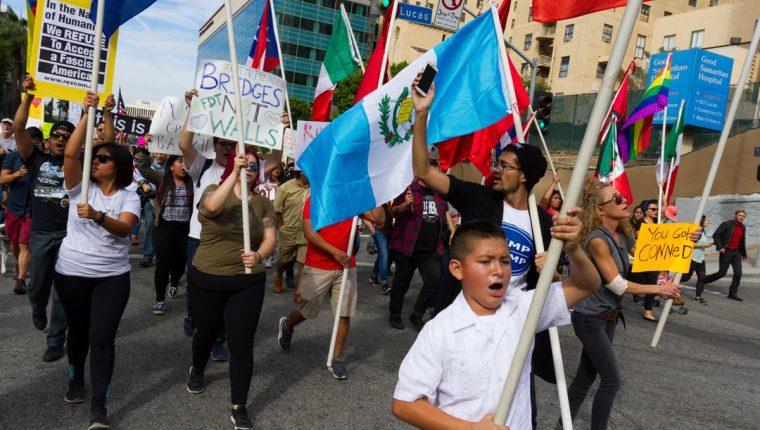 Guatemaltecos participan en una protesta en EE. UU. (Foto Prensa Libre: Hemeroteca PL)