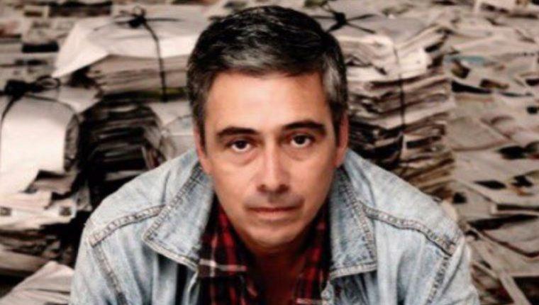 """José Luis Perdomo Orellana gana el Premio Nacional de Literatura """"Miguel Ángel Asturias"""" 2020. (Foto Prensa Libre: Eny Roland Hernández Javier)"""