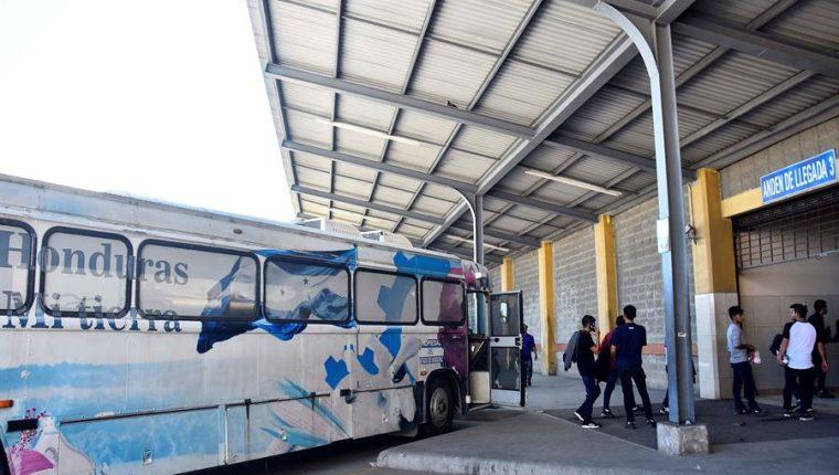 En 2019, Honduras contabilizó 109 mil 185 deportados desde Estados Unidos, México y otros países, según cifras del Observatorio Consular y Migratorio del país. (Foto Prensa Libre: EFE)