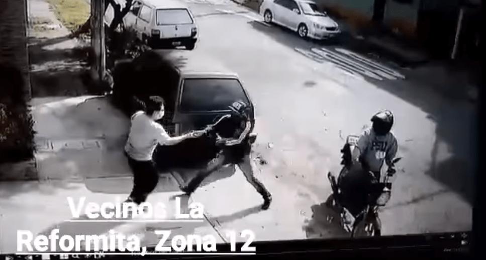 Video: así fue asaltada una persona en la colonia La Reformita, zona 12