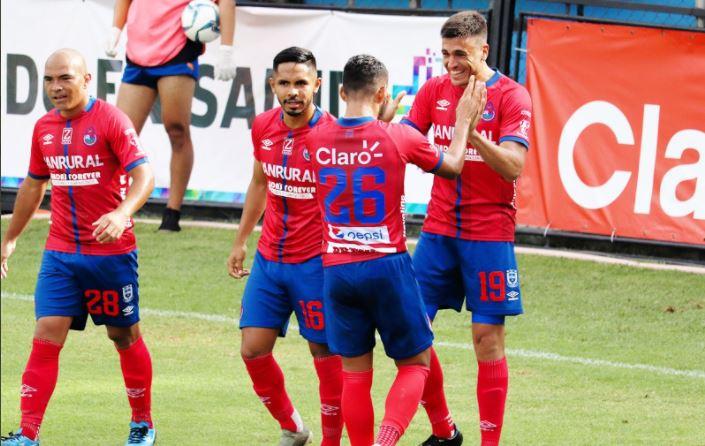 """Municipal le responde a Ramiro Rocca: """"En las finales cuando más se necesitaba de goles solo hizo uno""""."""