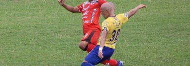 Sacachispas y Cobán Imperial dividieron puntos en el estadio Las Victorias con un gol cobanero en tiempo de reposición. (Foto Twitter: @SacachispasGT)