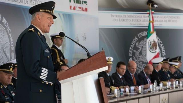 Después de meses, los investigadores tenían la sospecha de que esta figura central en el narcotráfico era un alto funcionario del Ejército mexicano. (Foto: Sedena)