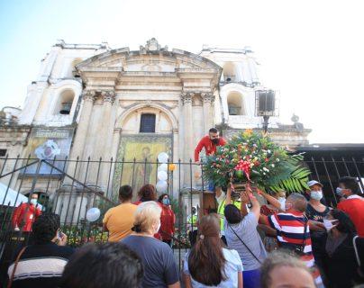 Fotogalería: Fieles guatemaltecos abarrotan la Iglesia La Merced y festejan el día de San Judas Tadeo