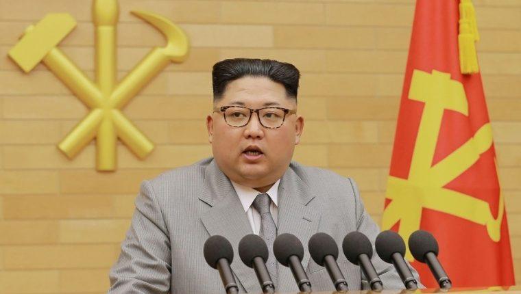 Kim Jong-un ordenó ejecutar a dos personas, prohibió la pesca y puso a Pyongyang en cuarentena total por el covid-19