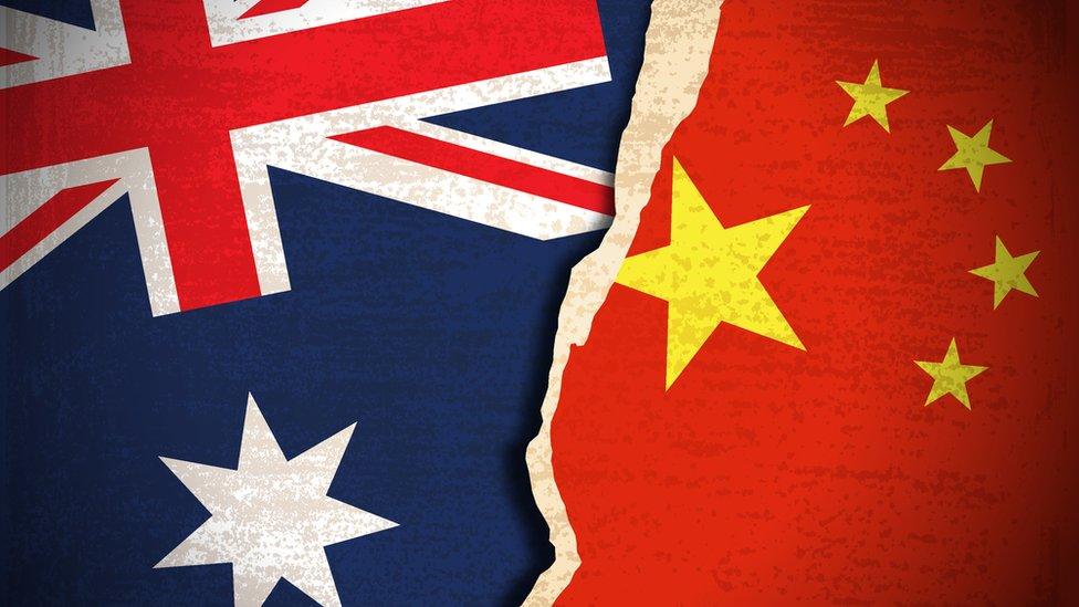 """China y Australia: la foto falsa que ha llevado a un """"punto crítico"""" las relaciones entre ambos países"""