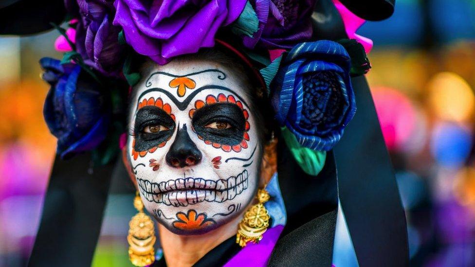 Día de Muertos: de dónde viene la especial relación de México con la muerte