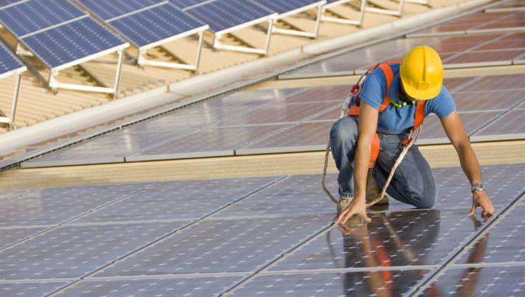 El Foro Económico Mundial proyecta que se crearán 395 millones de empleos verdes de aquí a 2030.